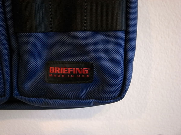 BRIFING / A4LINER MIDNIGHT  SIZE : H29cm×W42cm×D90cm 素材 : 1050デニール バリスティックナイロン MADE in U.S.A  ※商品(税込)¥44,280 ※金額は消費税・送料(一律¥648)が加算された金額となります。